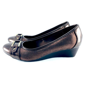 aa16c17a565 Anne Klein Shoes - Anne Klein Sport SASHA Brown Wedge Flat SIZE 7.5